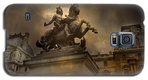 Paris - Louvre Palace - Kings Of Paris - King Louis Xiv Monument Sculpture Statue Galaxy S5 Case by Kathy Fornal