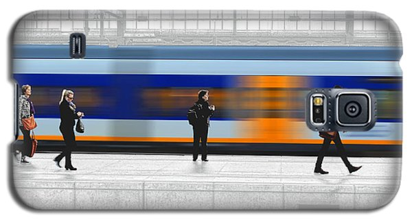 Passing Train Galaxy S5 Case