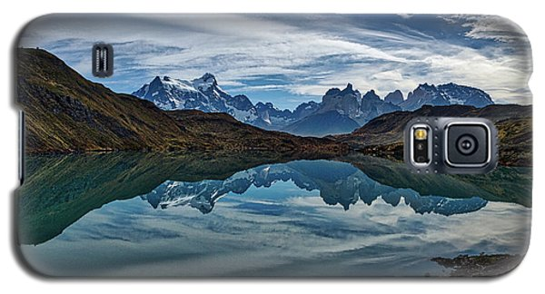 Patagonia Lake Reflection - Chile Galaxy S5 Case