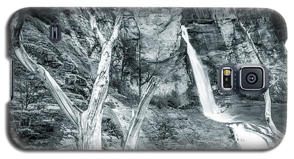 Galaxy S5 Case featuring the photograph Patagonian Waterfall by Andrew Matwijec