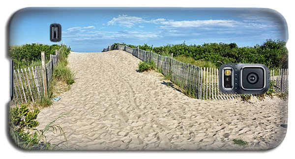 Galaxy S5 Case featuring the photograph Pathway To The Beach - Delaware by Brendan Reals