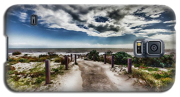 Galaxy S5 Case featuring the photograph Pathway To The Beach by Douglas Barnard