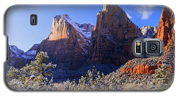 Galaxy S5 Case featuring the photograph Patriarchs by Chad Dutson