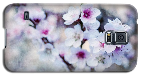 Galaxy S5 Case featuring the photograph Peach Flowers by Laura Melis