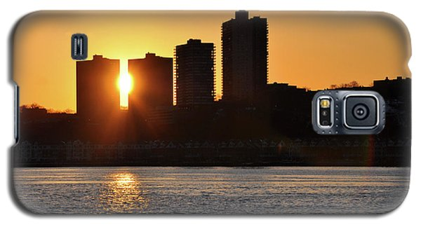 Galaxy S5 Case featuring the photograph Peekaboo Sunset by Sarah McKoy