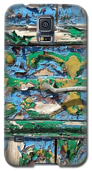 Galaxy S5 Case featuring the photograph Peels Of Time by Olivier Calas
