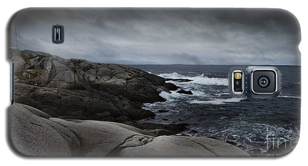 Peggys Cove Impending Storm Galaxy S5 Case by Nancy Dempsey