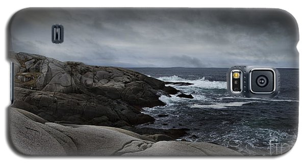Galaxy S5 Case featuring the photograph Peggys Cove Impending Storm by Nancy Dempsey