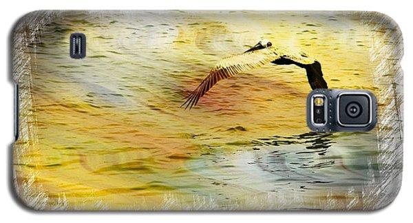Pelican In Flight Galaxy S5 Case by Athala Carole Bruckner