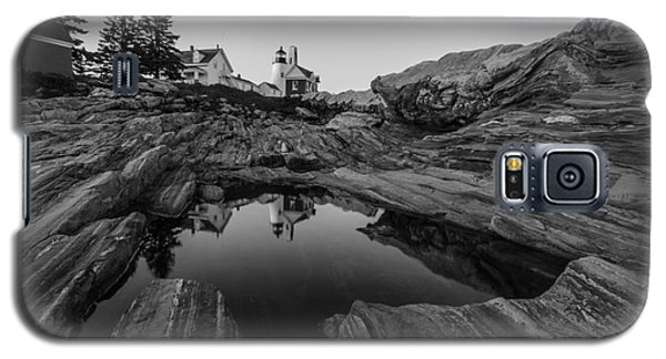 Galaxy S5 Case featuring the photograph Pemaquid Reflecting by Paul Noble