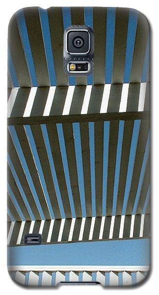 Pergola Bottom Galaxy S5 Case by Stan Magnan