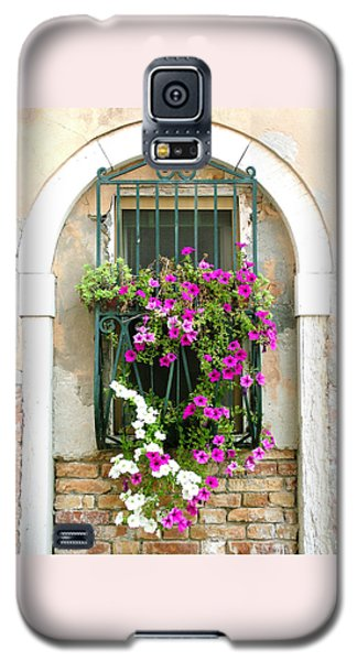 Petunias Through Wrought Iron Galaxy S5 Case