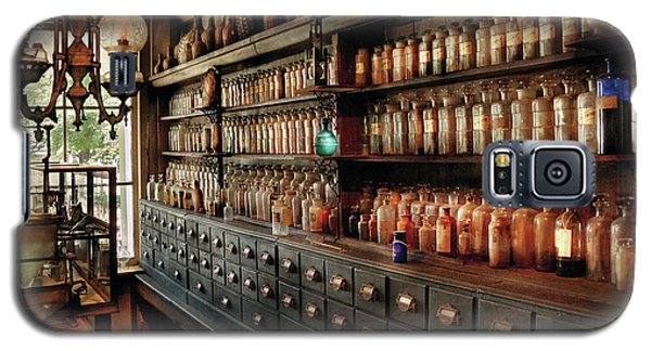 Pharmacy - So Many Drawers And Bottles Galaxy S5 Case