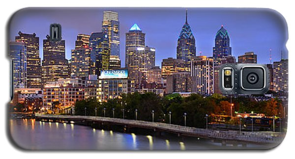 Philadelphia Philly Skyline At Dusk From Near South Color Panorama Galaxy S5 Case by Jon Holiday
