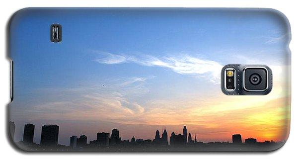 Philadelphia Skyline Low Horizon Sunset Galaxy S5 Case by Matt Harang