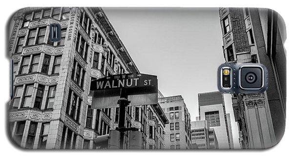 Galaxy S5 Case featuring the photograph Philadelphia Urban Landscape - 0980 by David Sutton