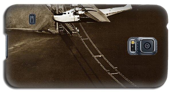 Philippine Clipper A Pan Am Clipper Over The Golden Gate Bridge  1935 Galaxy S5 Case