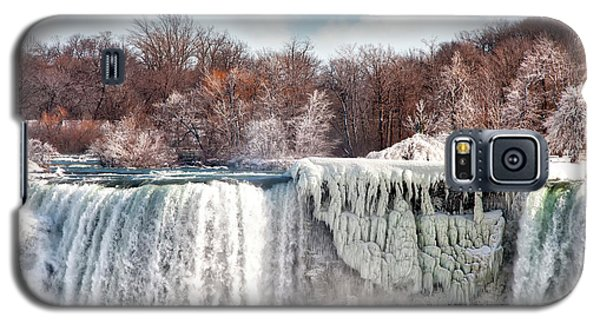 Galaxy S5 Case featuring the photograph Niagara Winter by Gouzel -