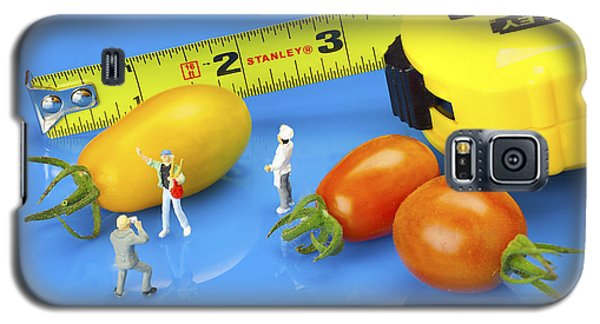 Galaxy S5 Case featuring the photograph Photography Of Tomatoes Little People On Food by Paul Ge