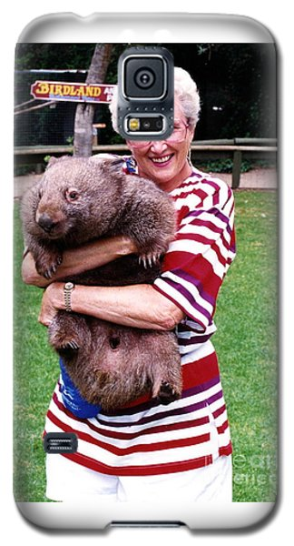 Phyllis Holding Thirty Lb Wombat Australia Galaxy S5 Case