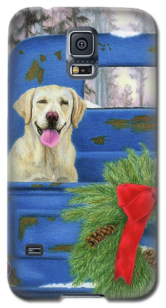 Truck Galaxy S5 Case - Pick-en Up The Christmas Tree by Sarah Batalka