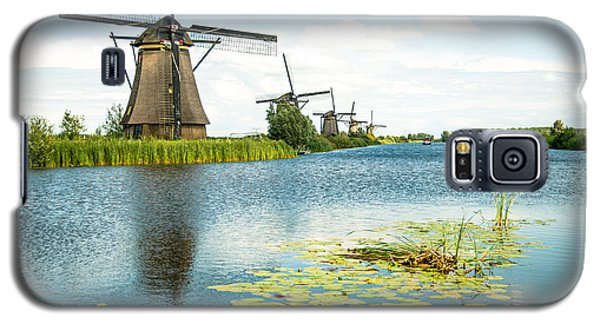 Galaxy S5 Case featuring the photograph Picturesque Kinderdijk by Hannes Cmarits