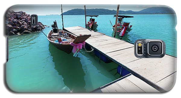 Galaxy S5 Case featuring the photograph Pier At Khanom by Atiketta Sangasaeng