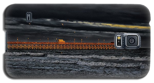 Pier Into Darkness Galaxy S5 Case by Kelly Reber