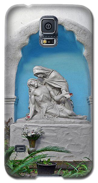 Galaxy S5 Case featuring the photograph Pieta Garden Mission Diego De Alcala by Christine Till