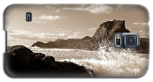 Piha New Zealand Waves Galaxy S5 Case
