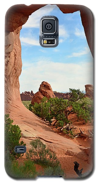 Galaxy S5 Case featuring the photograph Pine Tree Arch In Utah 02 by Bruce Gourley
