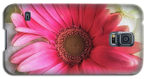 Pink And White Bouquet Galaxy S5 Case