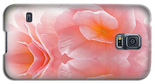 Pink Begonia Reflection 1 Macro Galaxy S5 Case