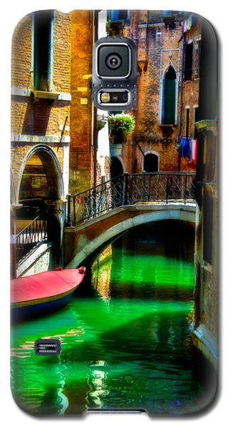 Pink Boat And Canal Galaxy S5 Case