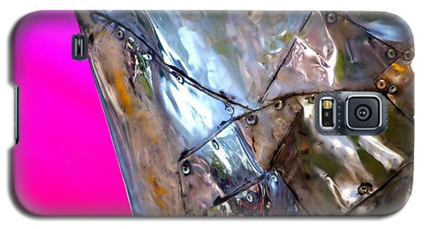 Galaxy S5 Case featuring the photograph Pink Lustre  by Prakash Ghai