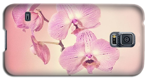 Galaxy S5 Case featuring the photograph Pink Orchids 2 by Linda Phelps
