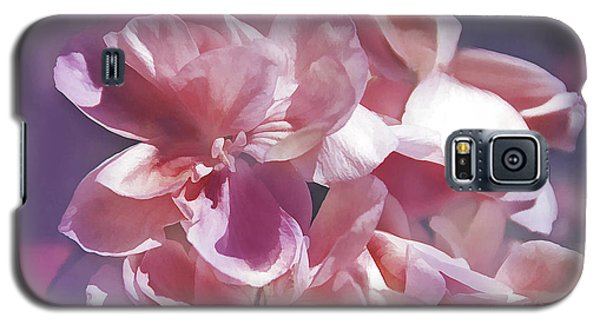 Galaxy S5 Case featuring the photograph Pink Punch by Elaine Manley