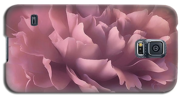 Galaxy S5 Case featuring the photograph Pink Splash by Darlene Kwiatkowski