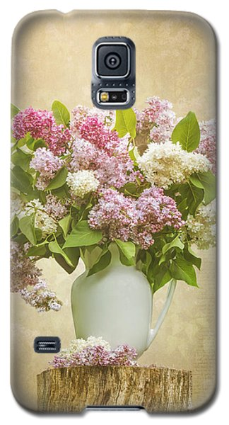Pitcher Of Lilacs Galaxy S5 Case