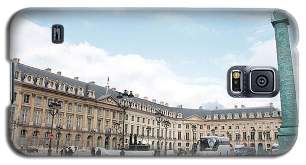 Galaxy S5 Case featuring the photograph Place Vendome by Christopher Kirby