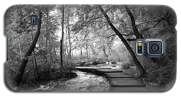 Plitvice In Black And White Galaxy S5 Case