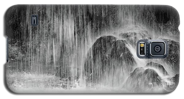 Plitvice Waterfall Black And White Closeup - Plitivice Lakes National Park, Croatia Galaxy S5 Case