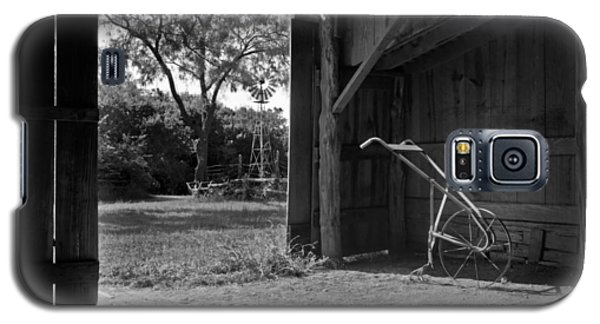 Plow Is In The Barn Galaxy S5 Case by David and Carol Kelly