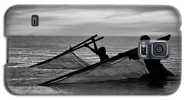 Plowing The Sea - Thailand Galaxy S5 Case