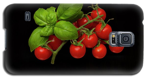 Galaxy S5 Case featuring the photograph Plum Cherry Tomatoes Basil by David French