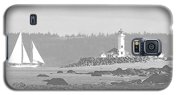Point Wilson Lighthouse And Sailboat Galaxy S5 Case