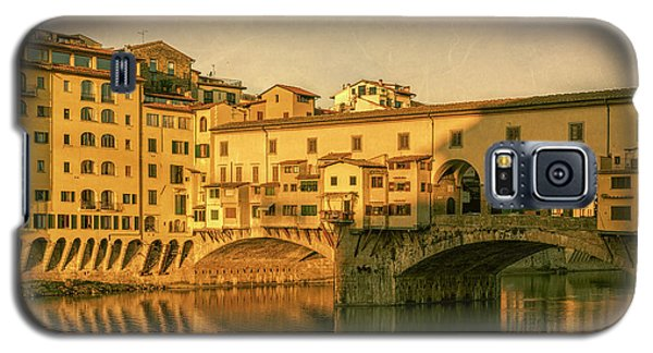 Galaxy S5 Case featuring the photograph Ponte Vecchio Morning Florence Italy by Joan Carroll