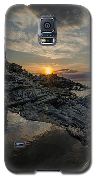 Pool Of Light Galaxy S5 Case by Paul Noble