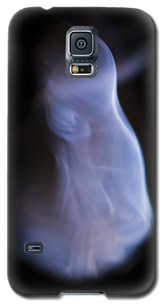 Galaxy S5 Case featuring the photograph Rhythm by Steven Poulton
