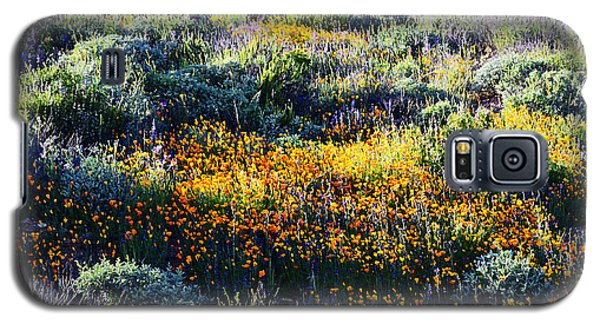 Galaxy S5 Case featuring the photograph Poppies On A Hillside by Glenn McCarthy Art and Photography